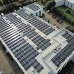 KMA installs a photovoltaic system on three roofs of the production hall and thus becomes 100% climate neutral in terms of power consumption.